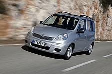 Bremsscheiben Bremsen Bremsbeläge für hinten Hinterachse Toyota Yaris Verso